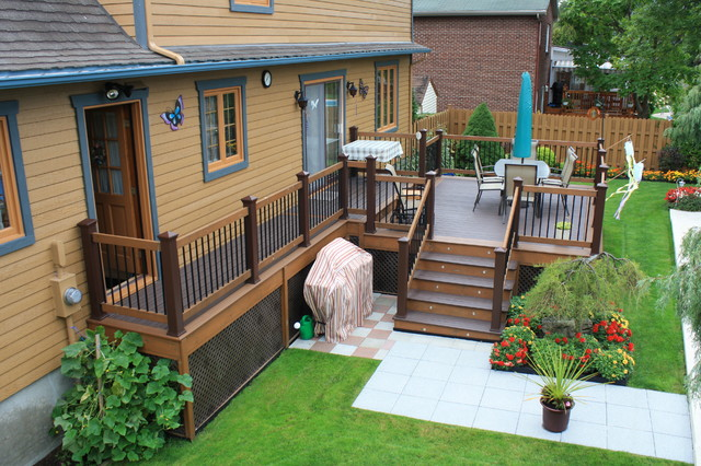 Choosing The Best Deck Stain And Sealer